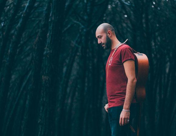 guastavoce-cantautore-apogeo-records